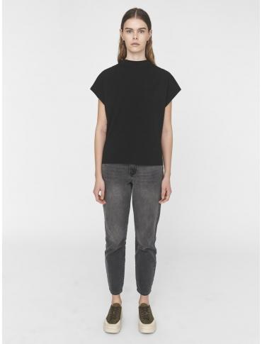 Noisy May Hailey camiseta negra